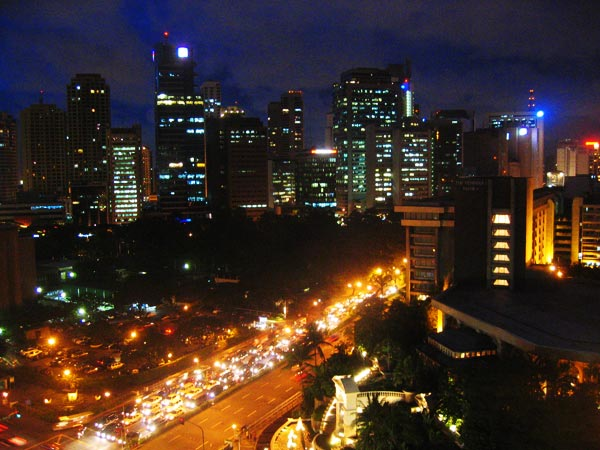 exploring manila big city lights stinky streets. Black Bedroom Furniture Sets. Home Design Ideas