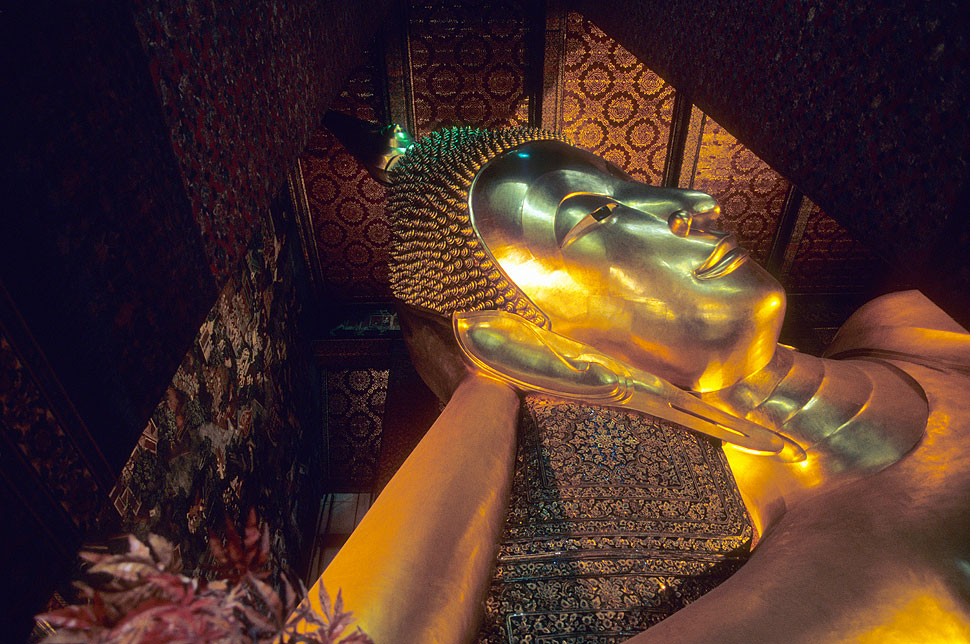 The Reclining Golden Buddha Statue at Wat Pho in Bangkok