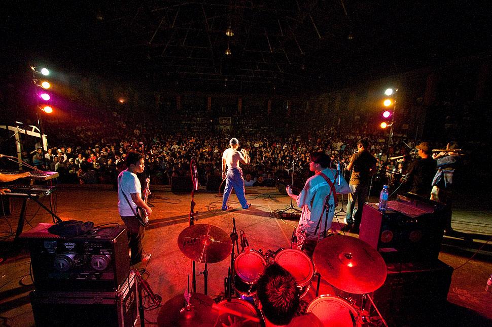 Concert Photography of Enchi, Dumaguete's Original Reggae Band