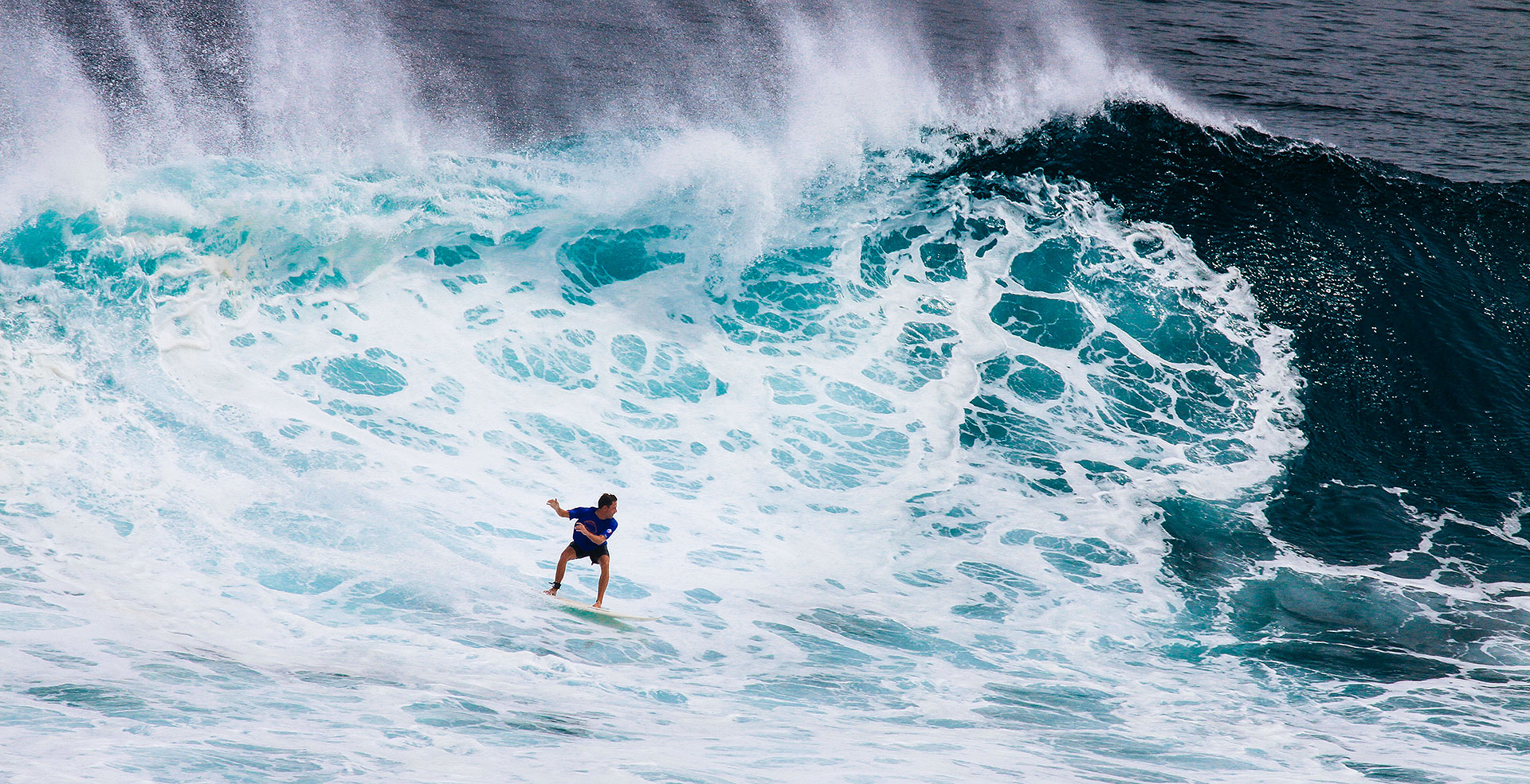 Eaten alive at Uluwatu - Tommy Schultz and a big wave at Outside Corner