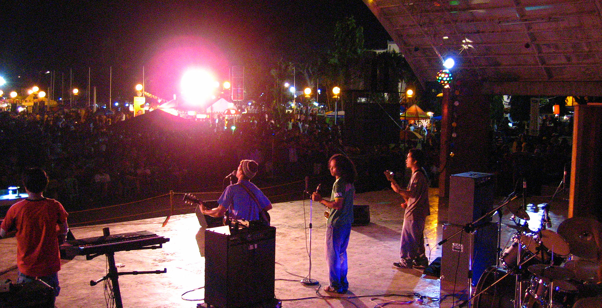 Live performance at the Dumaguete festival grounds