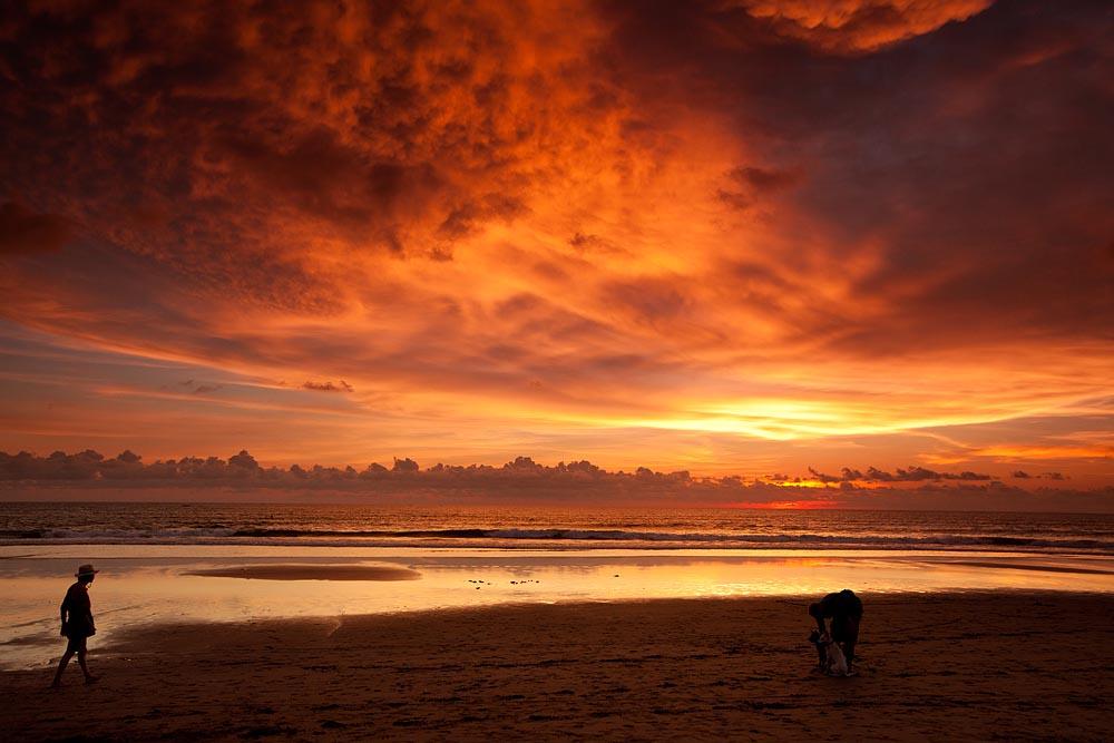 Indian Ocean Lights Best Sunset I Ve Seen At Kuta Beach