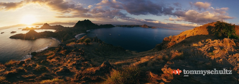 Komodo National Park - Top Photos & Highlight Video