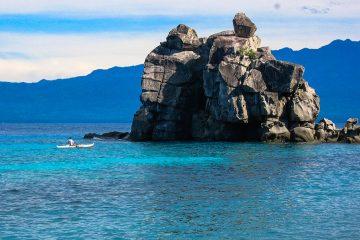 The famous 'Boluarte' rock formation at Apo Island