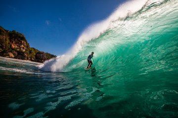 Blue ocean waves at Padang Padang beach in Bali
